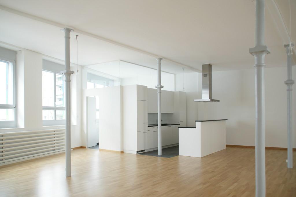 Umbau Büro- und Gewerberäume in Loft-Wohnung